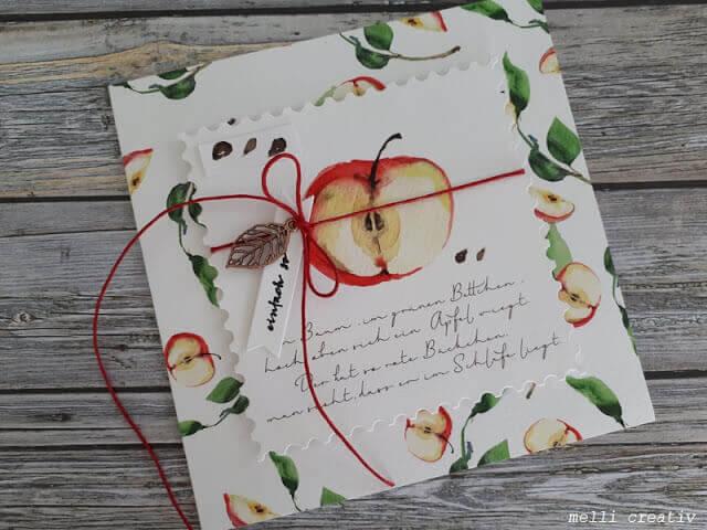 Ein Apfel über Äpfelchen